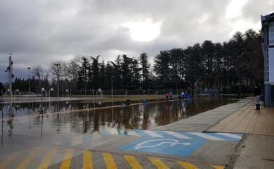 Villarcayo inicia la limpieza con zonas aún anegadas por el Nela