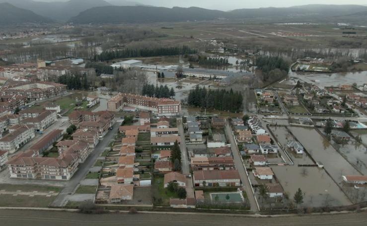 Villarcayo, Medina de Pomar y Frías, tres localidades que sufren el aumento del caudal de los ríos