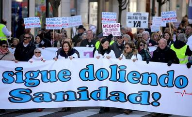 Miles de personas se echan a la calle en defensa de una sanidad pública de calidad