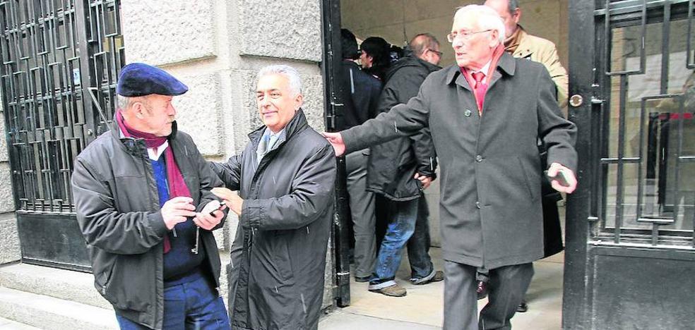 La Audiencia desestima las cuestiones previas y juzgará las prejubilaciones de Caja Segovia