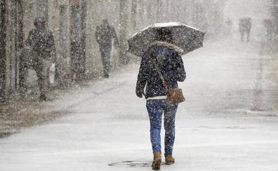 El temporal 'Helena' «viste» Burgos de nieve