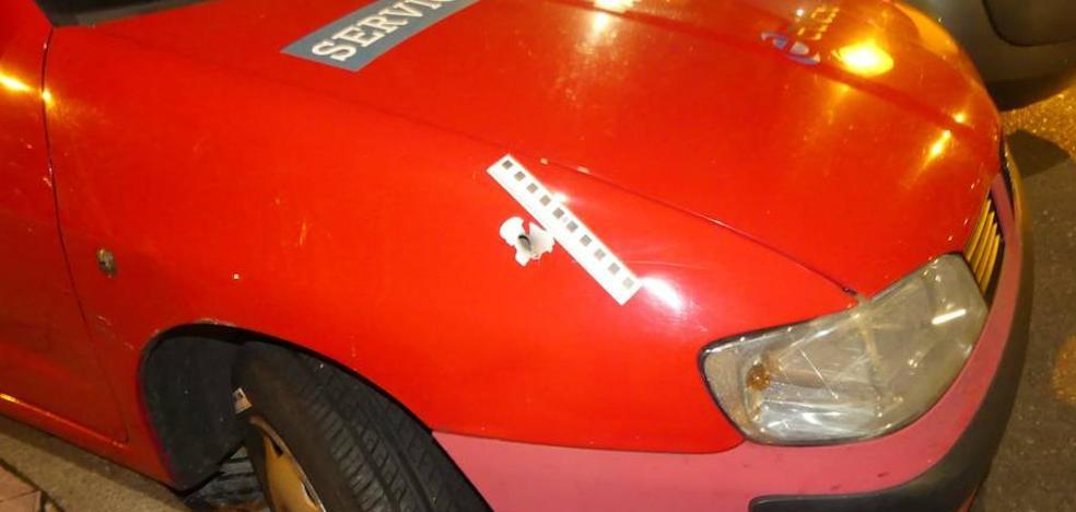 Hallan cinco casquillos de bala en la avenida de Palencia tras una pelea entre nueve jóvenes