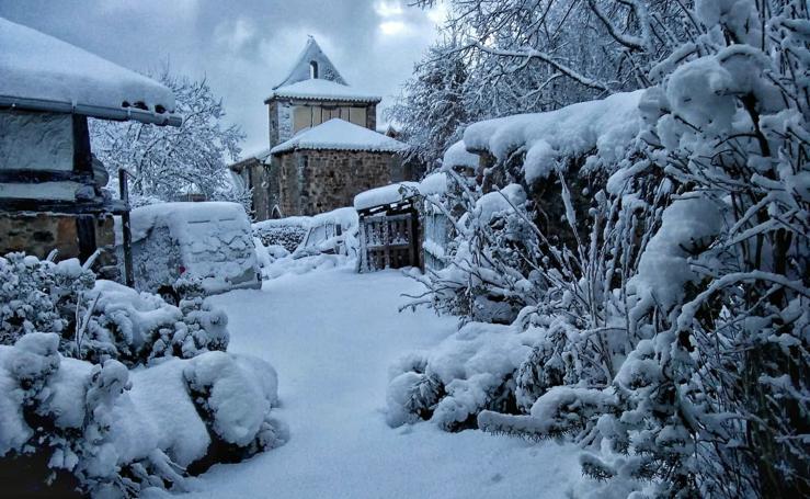 Estas son las imágenes que ha dejado la nieve este fin de semana en Burgos