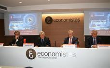 Los economistas desconfían de los ingresos presupuestarios y moderan el crecimiento al 2,1%