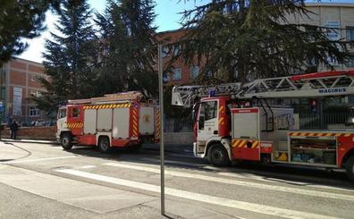 Una explosión de gas en el Colegio María Mediadora obliga a evacuar las aulas