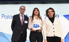 Burgos recibe el premio Tres Pajaritas Azules por la recogida selectiva de papel y cartón