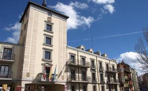 Dos estudiantes arandinos podrán realizar prácticas en el Ayuntamiento de Romorantin