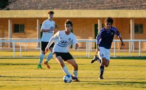 El Burgos se asegura la continuidad del juvenil Carlos Saiz