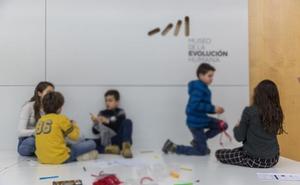 Un total de 140 niños participa en los talleres de 'Sábados de Ciencia' organizados por la UBU