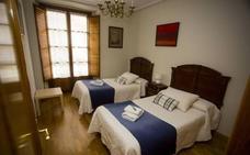 La Junta refuerza el control de los pisos turísticos y los guías para evitar el intrusismo