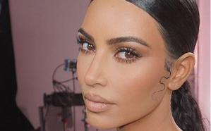 Kim Kardashian confirma que padece psoriasis