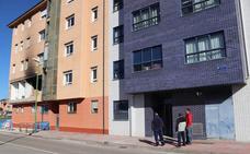 La Barriada San Juan recupera la normalidad tras la explosión en Modesto Ciruelos