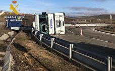 Denuncian a un 'profesional' por carecer de las autorizaciones para conducir tras sufrir un accidente