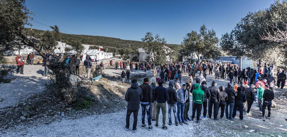 El burgalés Diego Herrera lleva recaudados 1.460 euros para su proyecto de fotoperiodismo con los refugiados en Europa