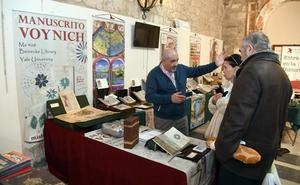 La editorial Siloé muestra el 'Manuscrito de Villard de Honnecourt' en el XVII Salón del Libro Antiguo de Burgos