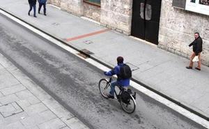 La Ordenanza de Movilidad se corregirá y extenderá el límite de 30 km/h a calles de un único carril por sentido