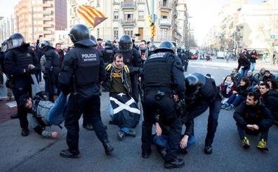 El independentismo no consigue paralizar Cataluña con la huelga contra el juicio del 'procés'