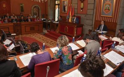 El concejal burgalés, artículo de lujo para seis partidos con opciones en las municipales