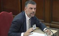 Santi Vila: «Puigdemont no supo gestionar la presión de las redes sociales para evitar la DUI»
