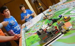 La First Lego League reta a los estudiantes a aprender jugando