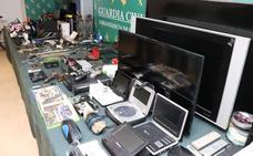 Desarticulado un grupo criminal al que se le atribuyen cerca de un centenar de robos en el Alfoz
