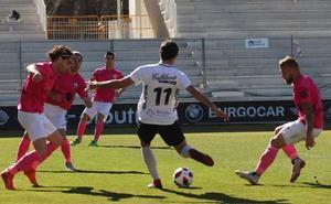 Al Burgos CF le llega la hora de reaccionar