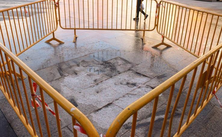 Primeros daños en la reformada Plaza Mayor