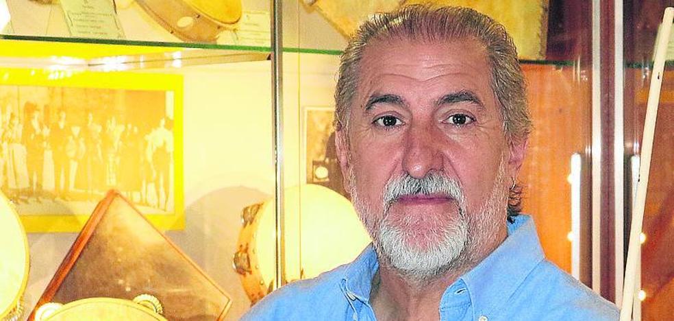Paco Díez, músico y folclorista: «Poco o nada saben los jóvenes de sacrificio, entendido como esfuerzo»