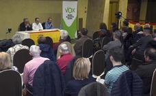 Vox se presenta en Salas de los Infantes entre protestas contra el partido
