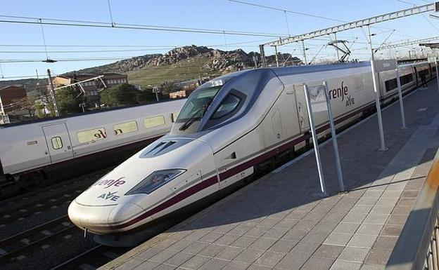 El AVE Madrid-Barcelona tendrá 'wifi' a bordo a partir del 1 de abril