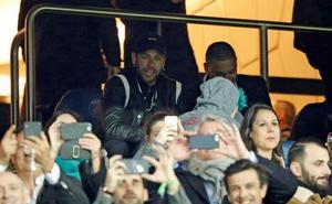 La UEFA expedienta a Neymar por sus críticas al arbitraje
