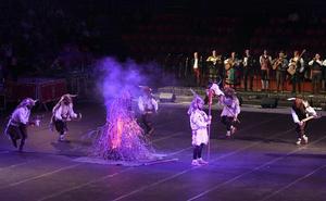La danza burgalesa se une para celebrar la tradición de Las Marzas