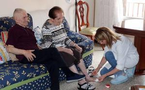 El PP plantea sacar un nuevo contrato para acabar con las «disfunciones» del arrastre de horas en ayuda a domicilio