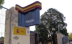 Detenido en Aranda de Duero tras intentar trepar por la valla y acceder al patio de la Comisaría