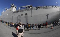 Récord de visitas al portaaviones 'Juan Carlos I'