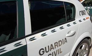 La Guardia Civil auxilia a un senderista en la Sierra de la Magdalena