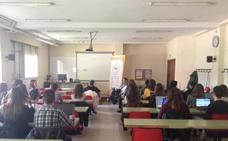 Los estudiantes de la Escuela de Relaciones Laborales se conciencian sobre la contratación de personas con capacidades diversas