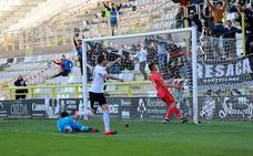 Un penalti condena al Burgos CF