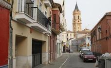 Hallan muerto a un joven de 25 años con un corte en el cuello en Málaga