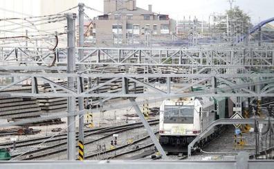 Licitan por 6,2 millones el mantenimiento de catenarias en corredores de Castilla y León