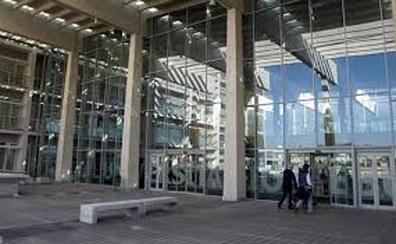Ciudadanos lleva a la Fiscalía una posible malversación de 50 millones en el HUBU