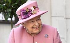 La reina Isabel deja el volante