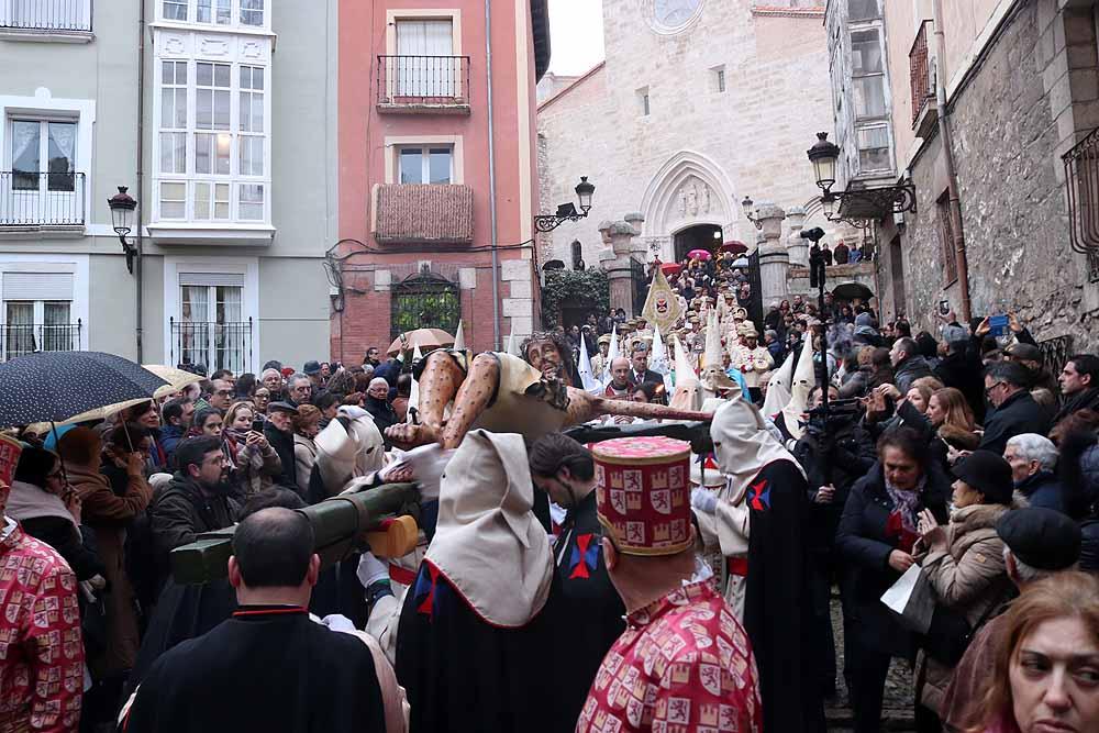 Procesión del Santísimo Cristo de Burgos (San Gil).