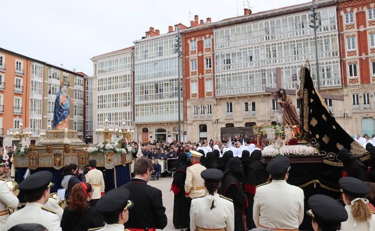 Solemne procesión extraordinaria de conmemoración de los 75 años de cofradías burgalesas