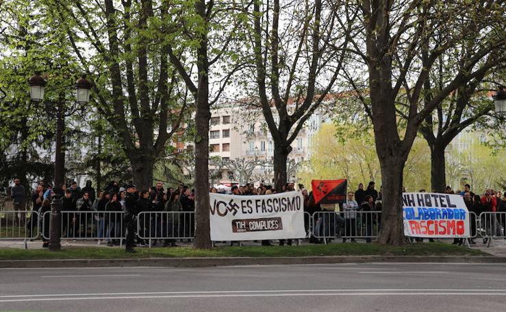 Concentración contra el acto de Vox en Burgos