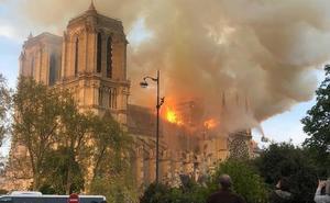 El segoviano Nacho Postigo, testigo del incendio en Notre Dame: «Es un horror»