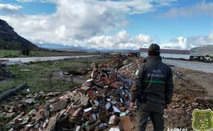 Los agentes medioambientales están «cerca» de pillar al autor de un vertido incontrolado de residuos en Merindad de Montija
