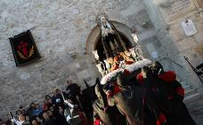 Burgos acompaña en su dolor a La Soledad
