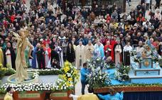 Cristo Resucitado inunda de alegría y color las calles de Burgos