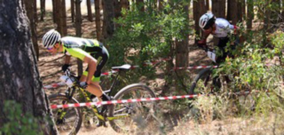 El II Trofeo XCO Aldedos Burgos se celebra este sábado en el parque del Castillo de Burgos